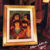 Mágico Y Natural by TANTOR album cover